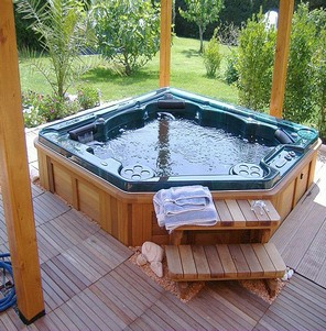 New Jacuzzis And Spas